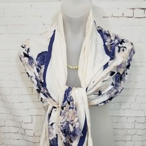 GORGEOUS Silky Floral Print Scarf NWOT